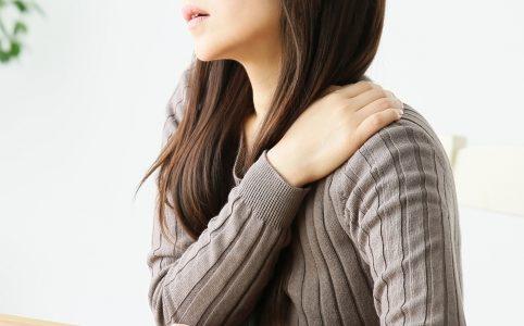 肩こりに効く!つら~い肩こりを自力で改善して毎日が快適になる方法があった!