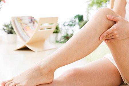足が重い!足のむくみの原因と予防!自分で出来るストレッチとリンパマッサージ