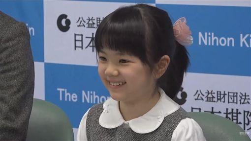 天才囲碁技士・仲邑菫は小学生でプロデビュー!両親の教育方針と練習方法とは?