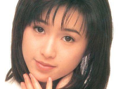 酒井法子の現在2019年3月27日テレビで歌唱!11年振りの蒼いうさぎは高得点出せるか?